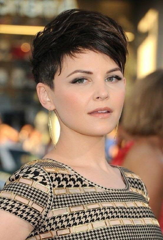 40 Pretty Short Haircuts For Women: Short Hair Styles For Short Hairstyles For Curvy Women (View 4 of 20)