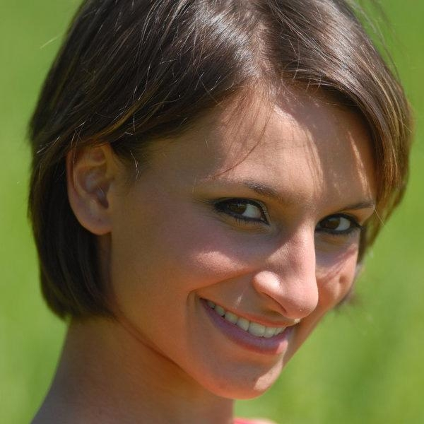42 Different Cute Short Haircuts Inside Short Hairstyles For Petite Faces (View 11 of 20)