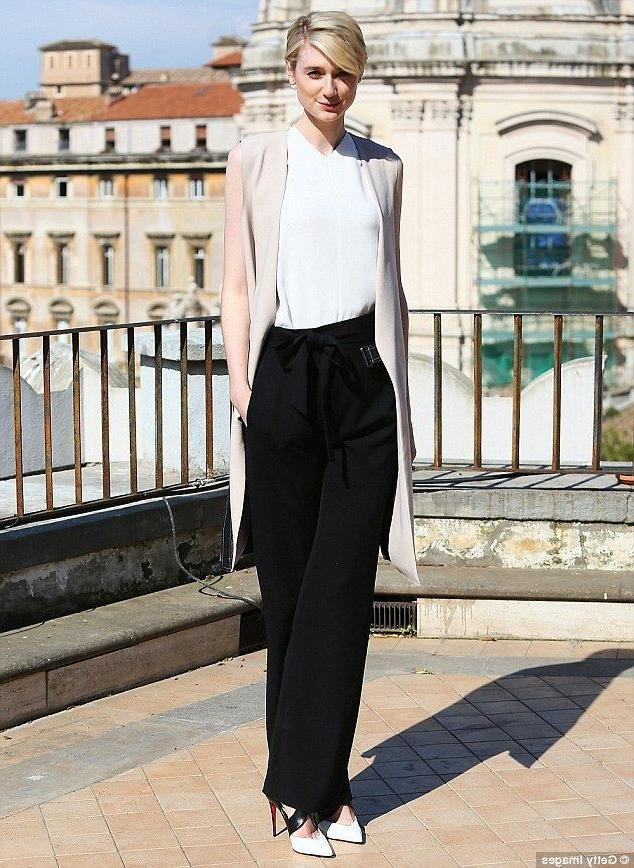 47 Best Style File – Elizabeth Debicki Images On Pinterest Throughout Short Haircuts For Tall Women (View 3 of 20)