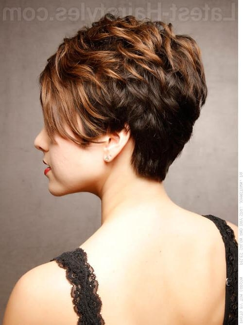 48 Perfect Hairstyles For Round Faces Trending 2018 Within Funky Short Haircuts For Round Faces (View 11 of 20)