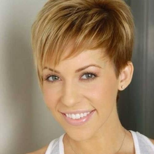 50 Alluring Short Haircuts For Thick Hair | Hair Motive Hair Motive Pertaining To Short Hairstyles For Oval Faces And Thick Hair (View 6 of 20)