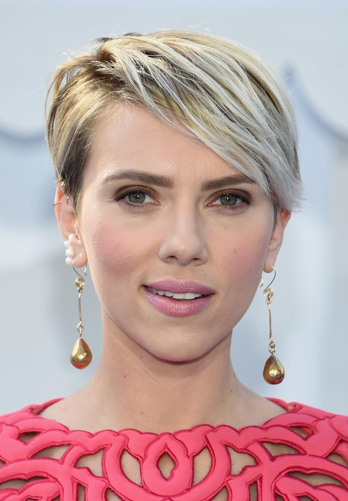 50 Of The Best Celebrity Short Haircuts, For When You Need Some Throughout Celebrities Short Haircuts (View 6 of 20)