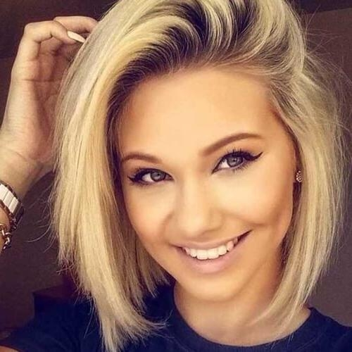 Photo Gallery Of Short Haircuts For Fat Faces Viewing 19 Of 20 Photos