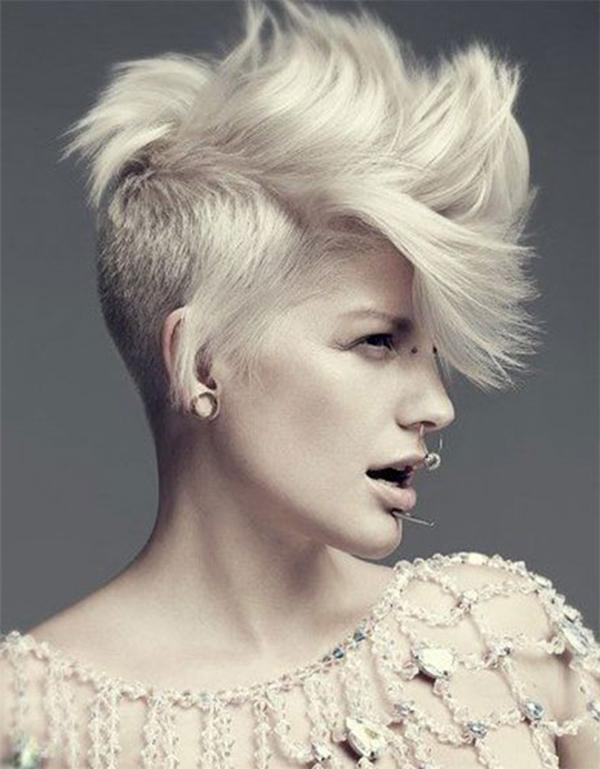 52 Of The Best Shaved Side Hairstyles In Short Hairstyles With Both Sides Shaved (View 14 of 20)