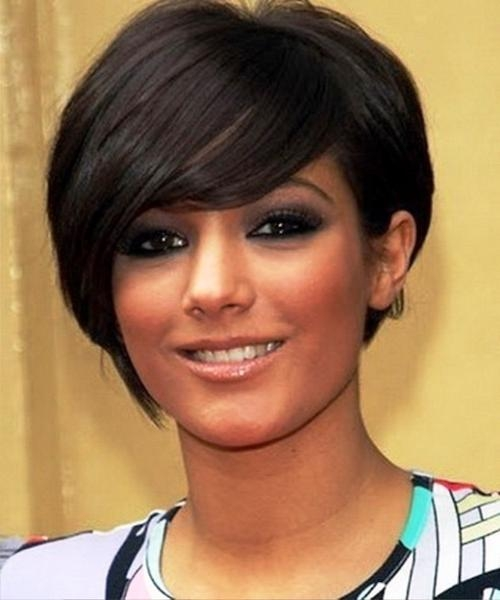 52 Short Hairstyles For Round, Oval And Square Faces Pertaining To Black Short Haircuts For Round Faces (View 7 of 20)