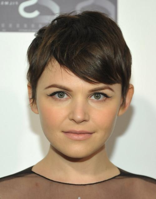 52 Short Hairstyles For Round, Oval And Square Faces Regarding Short Haircuts For Square Jaws (View 11 of 20)