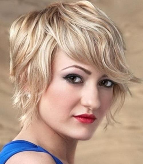 52 Short Hairstyles For Round, Oval And Square Faces With Short Haircuts For Square Jaws (View 13 of 20)