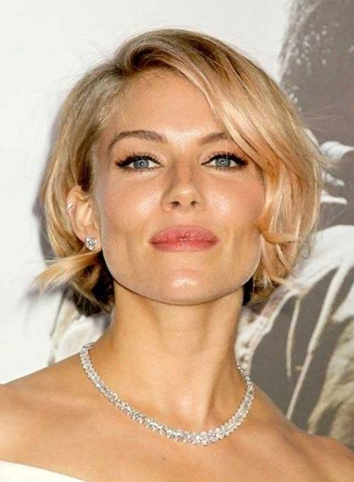 "54 Celebrity Short Hairstyles That Make You Say ""wow!"" With Regard To Short Haircuts For Celebrities (View 6 of 20)"