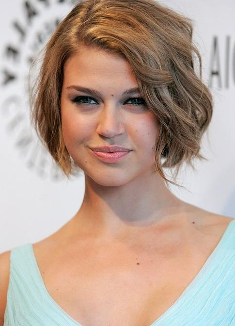 55 Super Hot Short Hairstyles 2017 – Layers, Cool Colors, Curls, Bangs Throughout Sporty Short Haircuts (View 5 of 20)