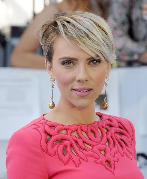 58 Scarlett Johansson Hairstyles, Haircuts You'll Love 2017 Intended For Scarlett Johansson Short Hairstyles (View 2 of 20)