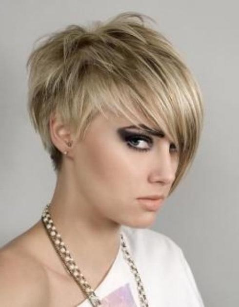 60 Delightful Short Hairstyles For Teen Girls Inside Short Hairstyles For Pointy Chins (View 18 of 20)