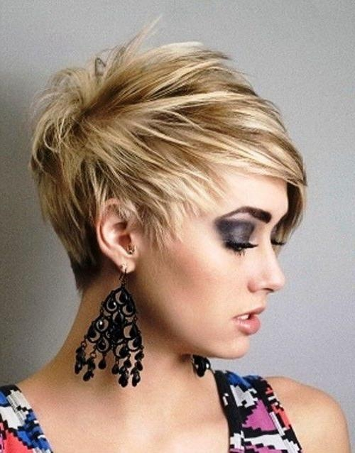 60 Short Choppy Hairstyles For Any Taste Choppy Bob Choppy With Regard To Choppy Short Hairstyles For Thick Hair (View 15 of 20)
