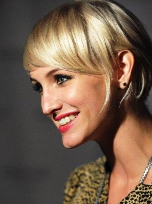 20 Inspirations of Short Hairstyles  For Pointy  Chins