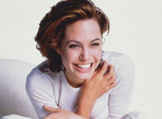Angelina Jolie 90's Hairstyle, Blunt Bob Cut With Red Coloring Regarding Angelina Jolie Short Hairstyles (View 2 of 20)