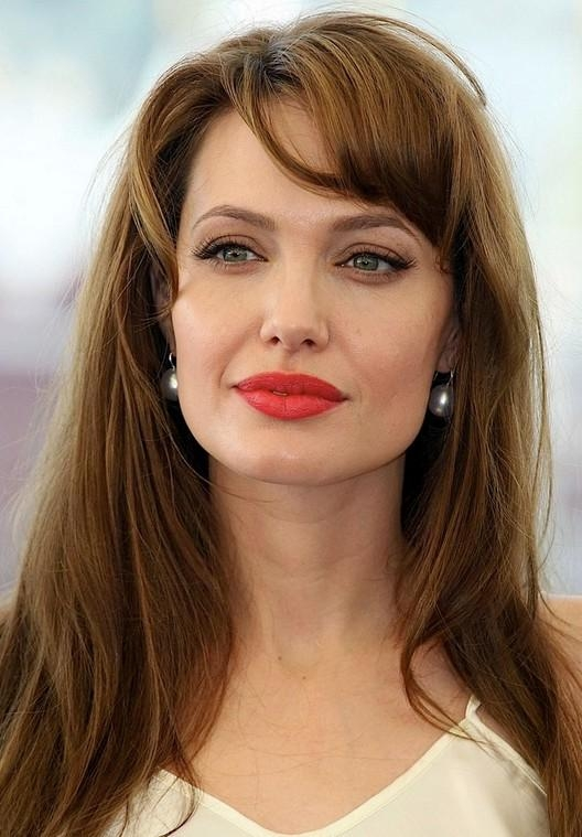 Angelina Jolie Long Hairstyle: Soft Waves With Side Part – Pretty In Angelina Jolie Short Hairstyles (View 6 of 20)