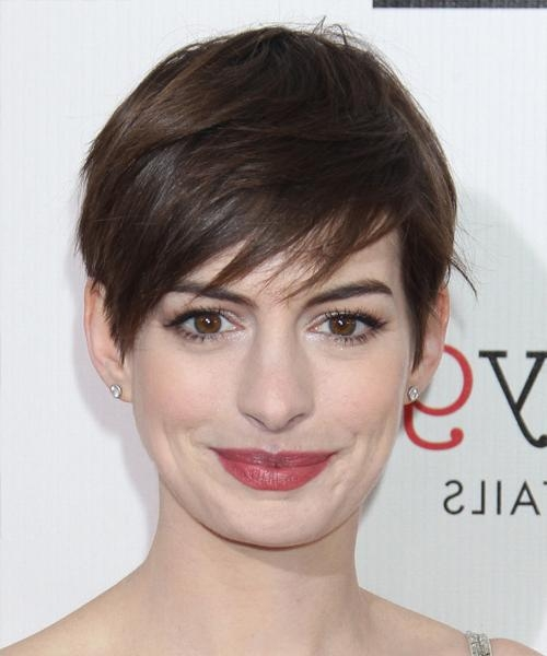 Anne Hathaway Hairstyles For 2018 | Celebrity Hairstyles Intended For Anne Hathaway Short Hairstyles (View 14 of 20)