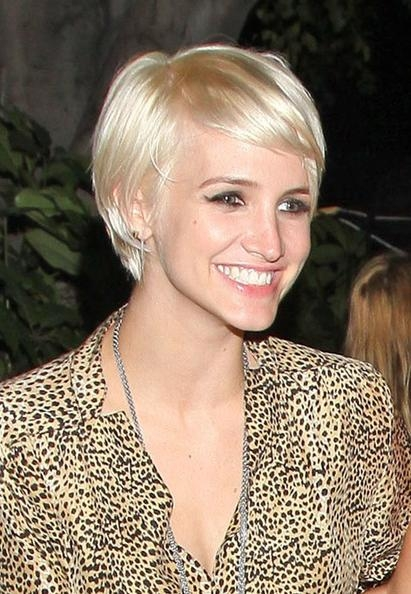 Ashlee Simpson Short Straight Cut – Short Hairstyles Lookbook Throughout Ashlee Simpson Short Haircuts (View 14 of 20)