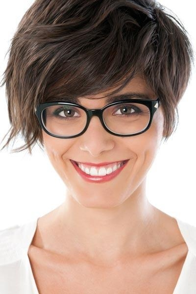 Asymmetrical Haircut For Glasses – Women Hairstyles For Short Hairstyles For Small Foreheads (View 12 of 20)