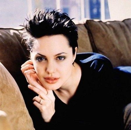 Featured Photo of Angelina Jolie Short Hairstyles