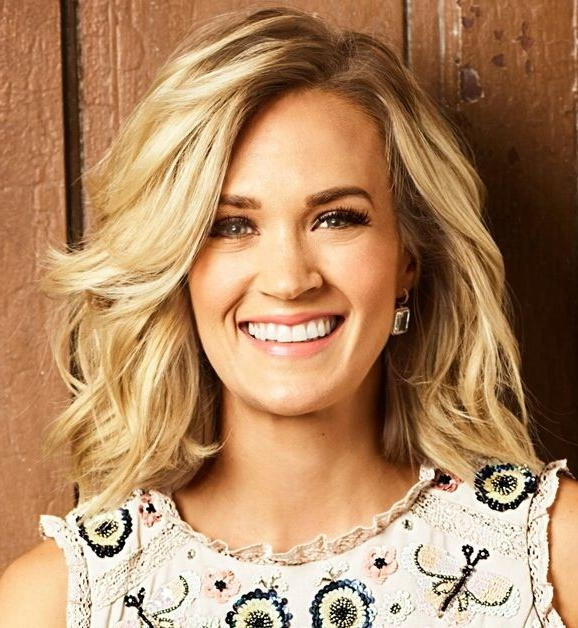 Best 25+ Carry Underwood Hair Ideas On Pinterest | Carrie Regarding Carrie Underwood Short Haircuts (View 6 of 20)