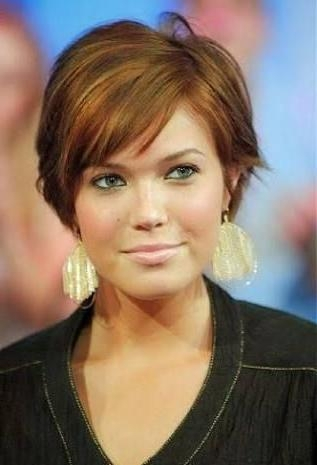 Best 25+ Fat Face Haircuts Ideas On Pinterest | Hairstyles For Fat Throughout Flattering Short Haircuts For Round Faces (View 13 of 20)