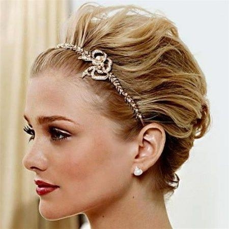 Best 25+ Headband Short Hair Ideas On Pinterest | Headbands For Pertaining To Short Hairstyles With Headband (View 6 of 20)