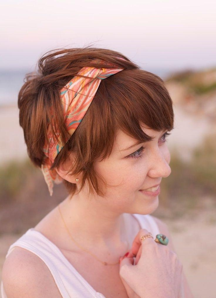 Best 25+ Headband Short Hair Ideas On Pinterest | Headbands For Pertaining To Short Hairstyles With Headbands (View 6 of 20)