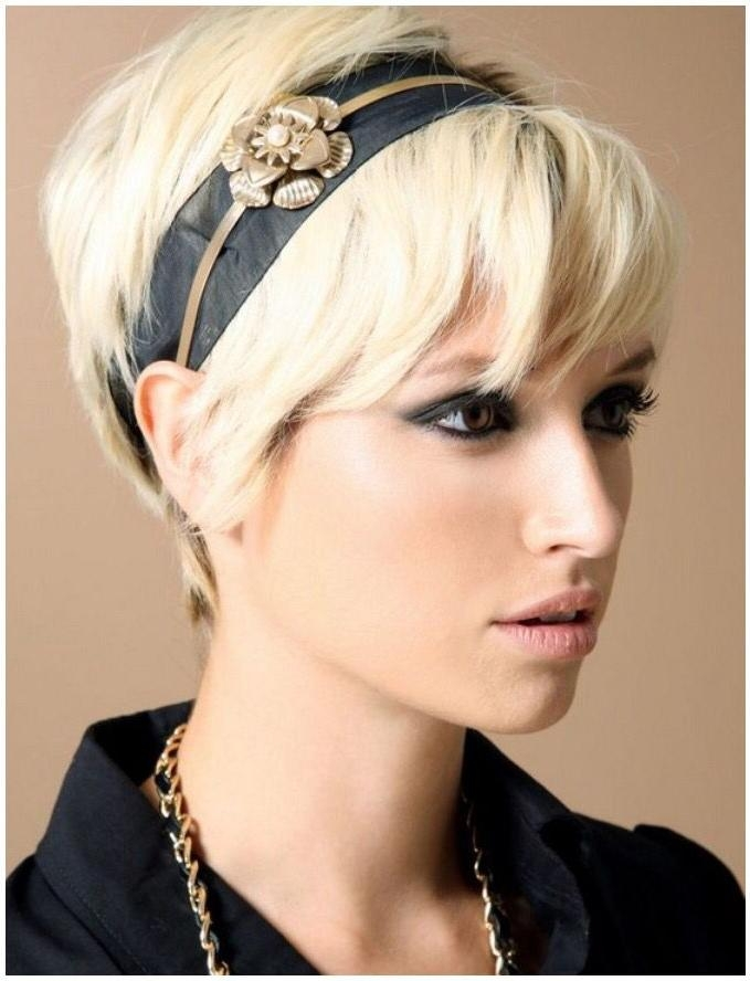 Best 25+ Headbands For Short Hair Ideas On Pinterest | Headband Regarding Short Hairstyles With Headbands (View 8 of 20)