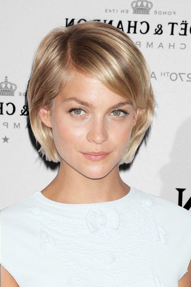 best short hair for heart shaped face
