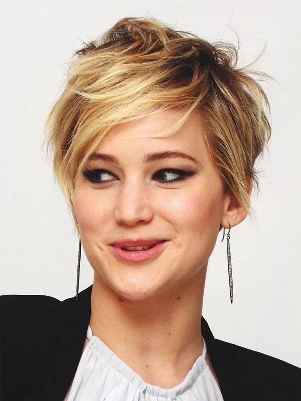 Best 25+ Jennifer Lawrence Pixie Ideas On Pinterest | Jennifer For Jennifer Lawrence Short Haircuts (View 7 of 20)
