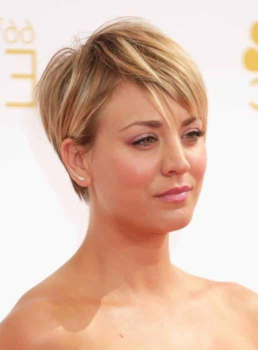 Best 25+ Kaley Cuoco Ideas On Pinterest | Kaley Cuocco, Kaley Within Kaley Cuoco New Short Haircuts (View 9 of 20)