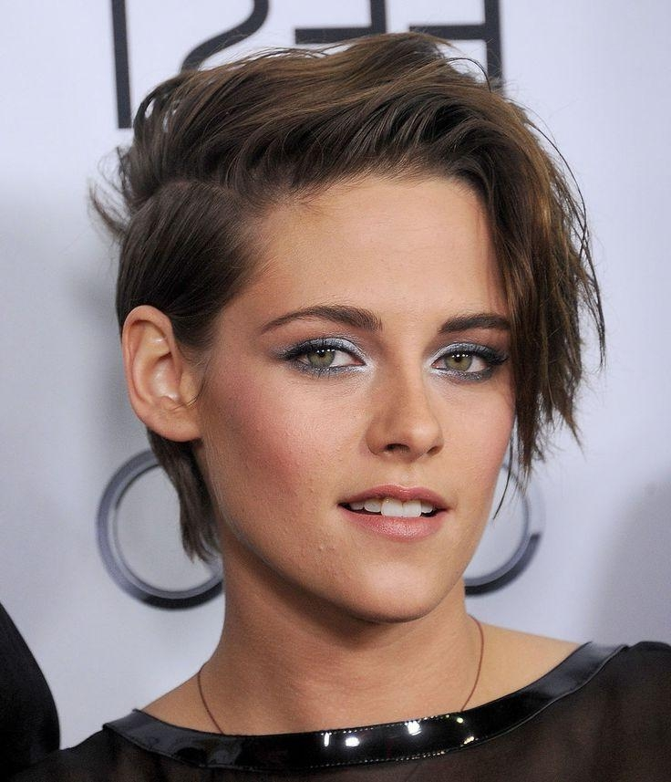 Best 25+ Kristen Stewart Short Hair Ideas On Pinterest | Kristen In Kristen Stewart Short Hairstyles (View 4 of 20)
