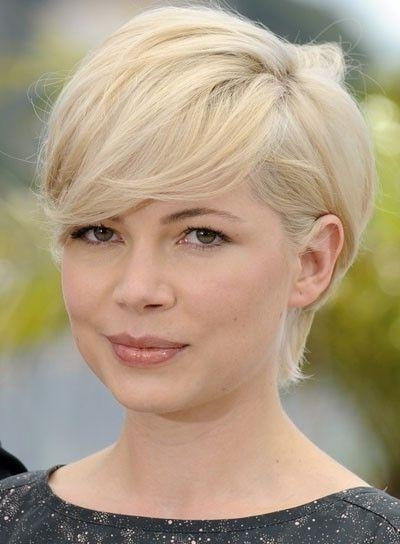 Best 25+ Pear Shaped Face Ideas On Pinterest | Tiffani Amber Regarding Short Hairstyles For Pear Shaped Faces (View 7 of 20)