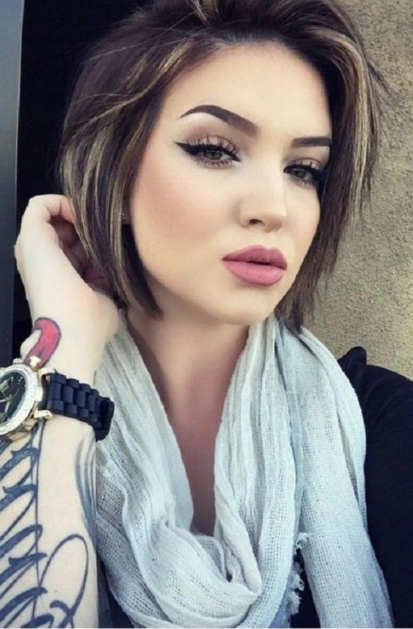 Photo Gallery Of Flattering Short Haircuts For Fat Faces Viewing 8