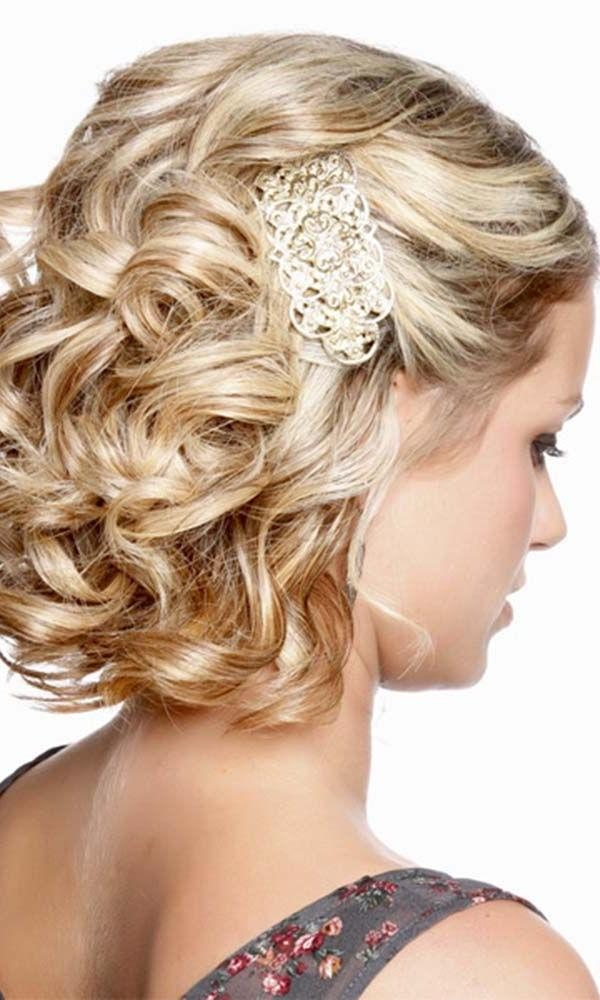 Best 25+ Short Wedding Hairstyles Ideas On Pinterest | Wedding Regarding Short Hairstyles For Bridesmaids (View 10 of 20)