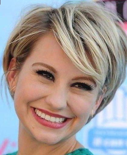 Best 25+ Square Face Hairstyles Ideas On Pinterest | Haircut For Regarding Short Hairstyles For A Square Face (View 11 of 20)
