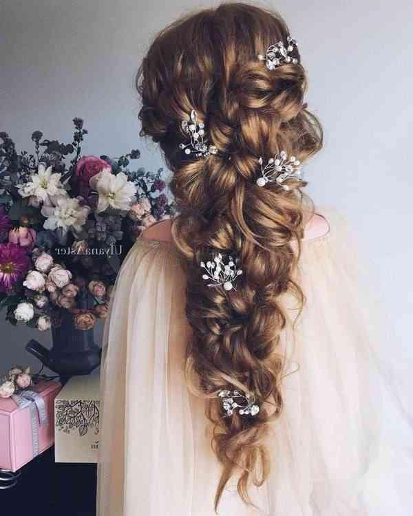 Best And Newest Bridal Long Hairstyles Intended For 40 Really Adorable Of Bridal Long | Simple Stylish Haircut (View 4 of 20)