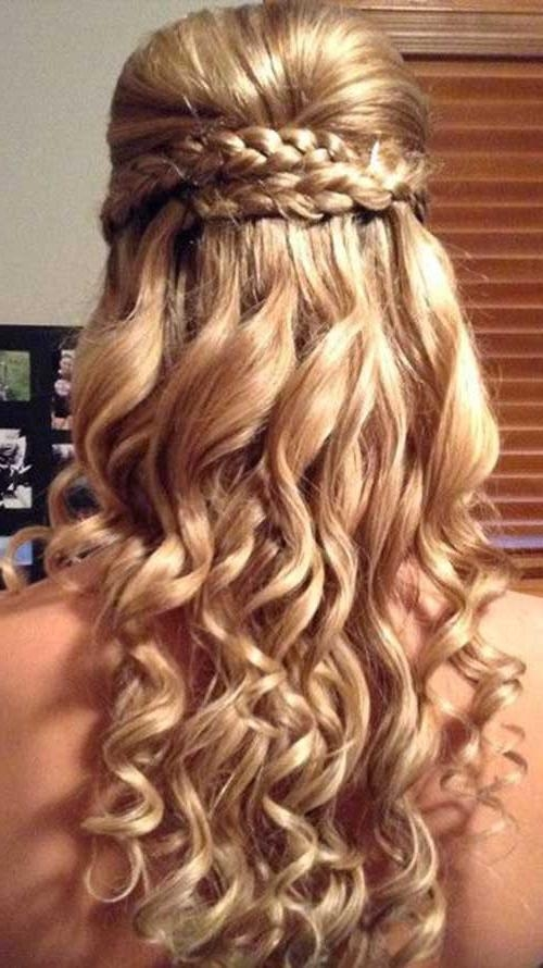 Best And Newest Curly Long Hairstyles For Prom Throughout 30 Best Prom Hairstyles For Long Curly Hair | Long Hairstyles  (View 5 of 15)