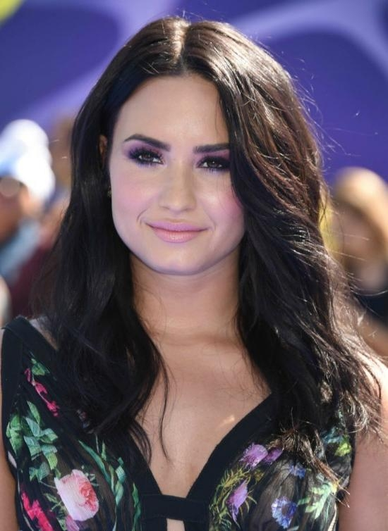 Best And Newest Demi Lovato Long Hairstyles Inside Top 32 Demi Lovato's Hairstyles & Haircut Ideas For You To Try (View 3 of 15)