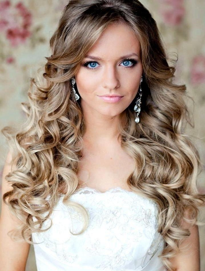 Best And Newest Down Long Hairstyles Pertaining To Photo Gallery Of Long Hairstyles Down For Wedding (Viewing 6 Of (View 7 of 20)