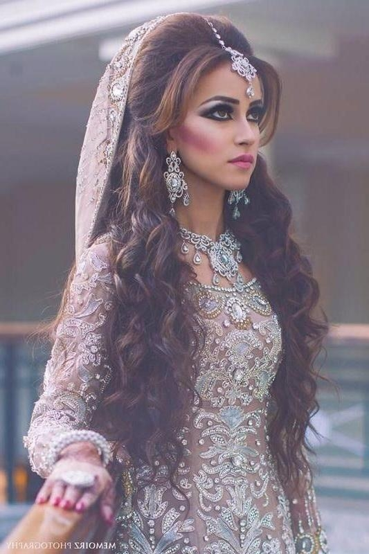 Best And Newest Indian Wedding Long Hairstyles Throughout Long Wavy Indian Wedding Hairstyle With Headpieces (View 4 of 20)