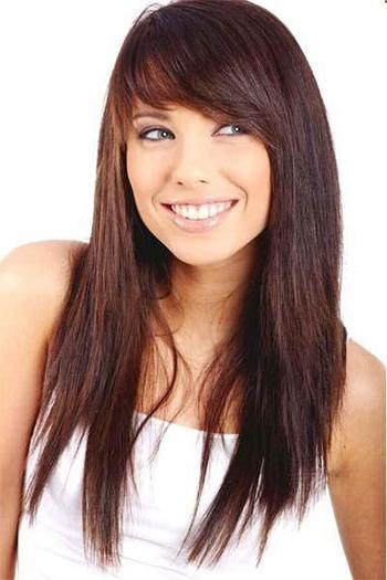 Best And Newest Long Haircuts With Bangs And Layers For Round Faces With Regard To 25 Modern Long Haircuts With Side Bangs & Layers For Oval & Round (View 6 of 15)