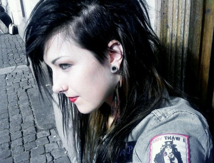 Best And Newest Side Shaved Long Hairstyles Within Another Shaved Side! I Really Would Like To Try This But I Dunno (View 11 of 20)