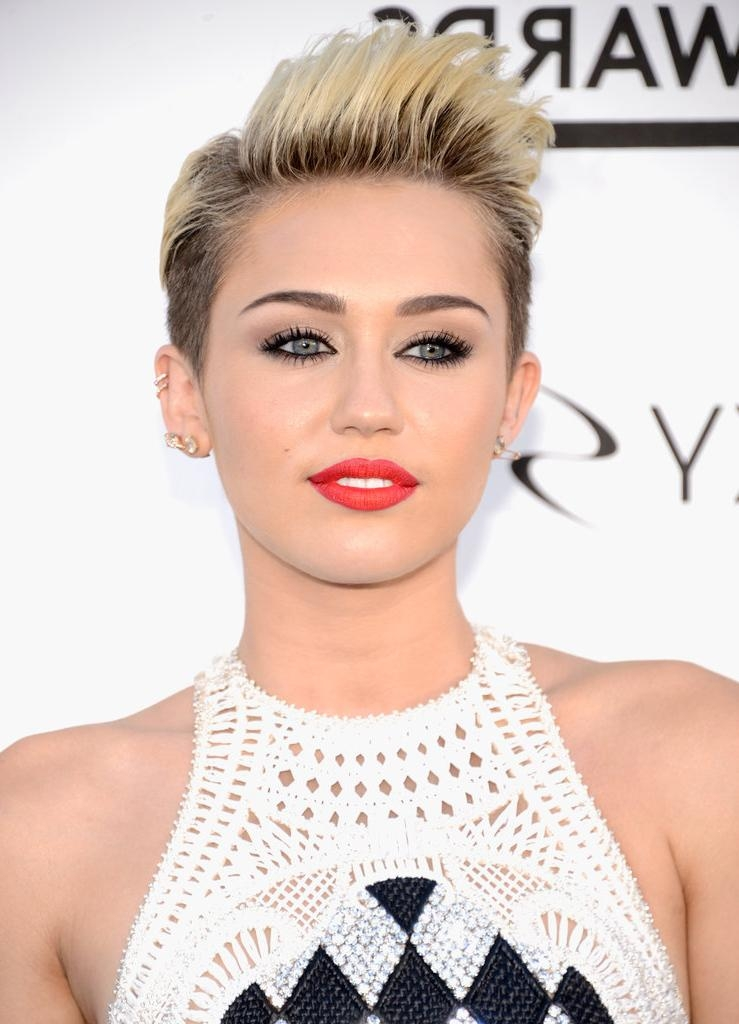 Best Celebrity With Short Pixie Hairstyles – Short Hairstyles 2017 For Short Haircuts Like Miley Cyrus (View 3 of 20)