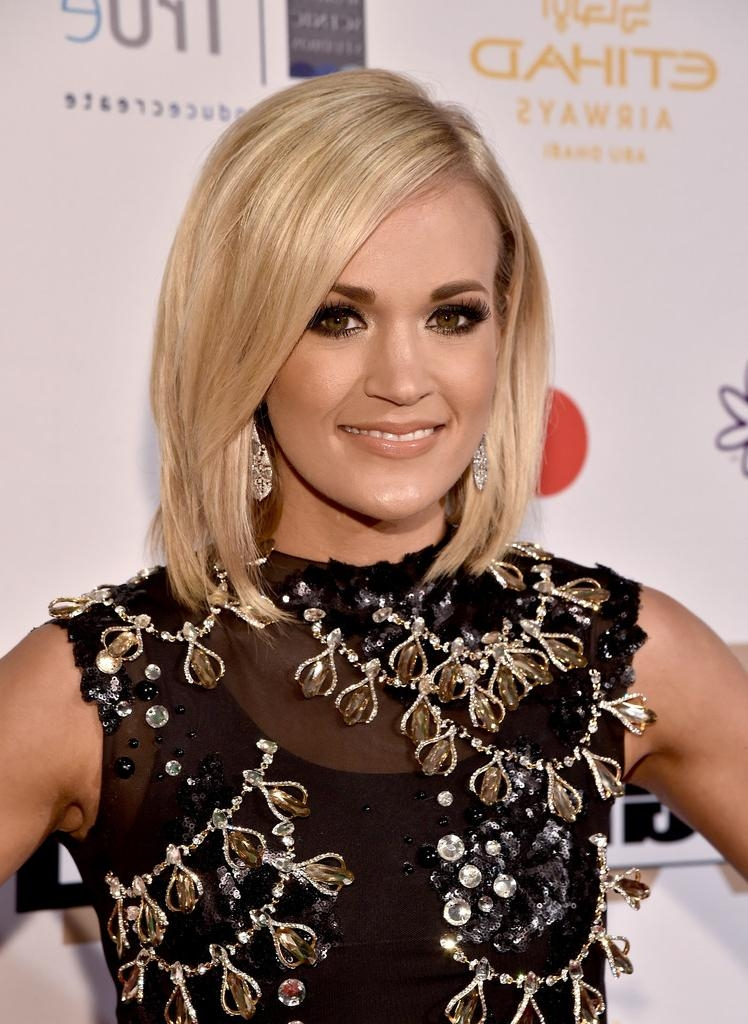Carrie Underwood Hair – Stylebistro Inside Carrie Underwood Short Hairstyles (View 7 of 20)