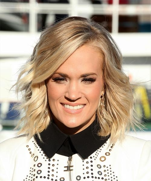 Carrie Underwood Medium Wavy Formal Bob Hairstyle – Light Blonde Throughout Carrie Underwood Short Hairstyles (View 9 of 20)