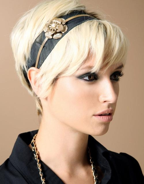 Celebrity Hairstyles: Short Hairstyles With Headband Look Vintage For Short Hairstyles With Headband (View 12 of 20)