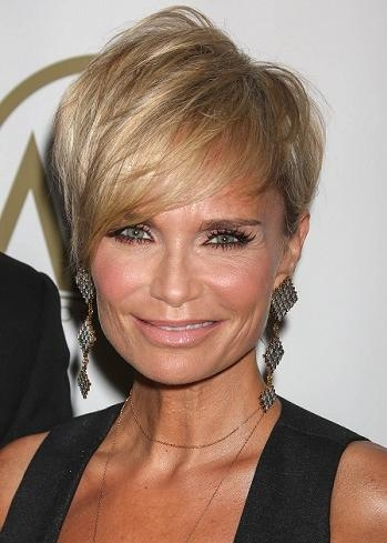 Celebrity Inspired Short Haircuts For Women Over 40 With Short Haircuts Over  (View 18 of 20)
