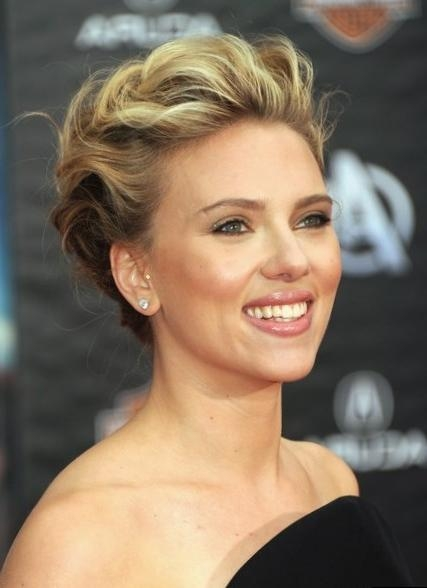 Celebrity Scarlett Johansson – Hair Changes, Photos, Video With Regard To Scarlett Johansson Short Haircuts (View 6 of 20)