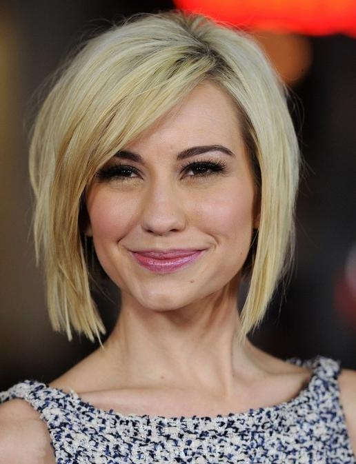Chelsea Kane's Short Hairstyles: Blunt Bob With Side Bangs Regarding Short Haircuts With Side Fringe (View 4 of 20)